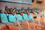 水を買うならウォーターサーバーよりも2Lペットボトルがお得!1/4の価格で飲めるよ