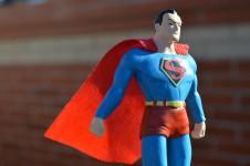 【ヒーローになれる!】子供や友達に見栄を張りたいなら、株主優待がおススメ