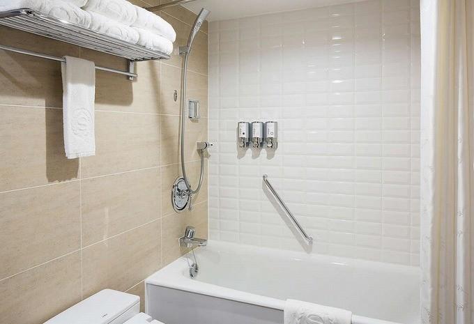 シェラトン・グランデ・トーキョーベイ・ホテル-お風呂